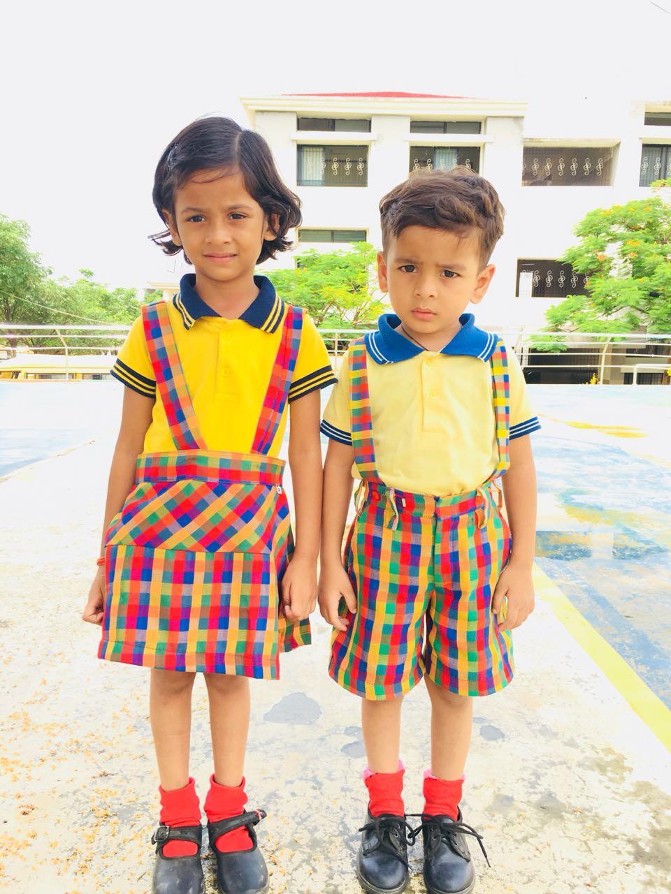 Green Valley Public School Balaghat | school uniform